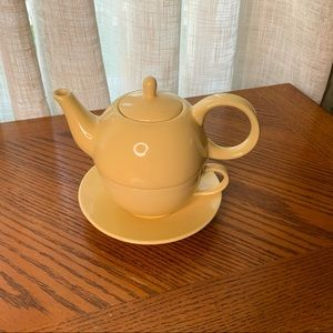 English Tea Store Yellow Teapot and Cup for 1